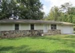 Foreclosed Home in Harriman 37748 806 BLUFF RD - Property ID: 4220871