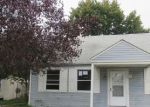 Foreclosed Home in Dundalk 21222 8130 CORNWALL RD - Property ID: 4221233