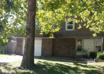 Foreclosed Home in Olathe 66062 907 S LINDENWOOD DR - Property ID: 4221412