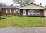 Foreclosed Home in Washington 61571 425 RIDGECREST DR - Property ID: 4221715