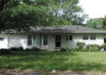 Foreclosed Home in Hobart 46342 646 N GUYER ST - Property ID: 4221727