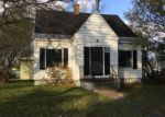 Foreclosed Home in Sault Sainte Marie 49783 114 W 8TH AVE - Property ID: 4221896