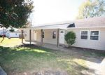 Foreclosed Home in Fayetteville 72701 689 S RAY AVE - Property ID: 4221966
