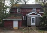 Foreclosed Home in Thiensville 53092 2411 W HIGHLAND RD - Property ID: 4222207