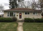 Foreclosed Home in Waukesha 53188 418 GREENMEADOW DR - Property ID: 4222653