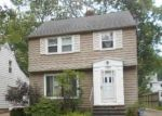 Foreclosed Home in Cleveland 44121 1129 ARGONNE RD - Property ID: 4222927