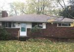 Foreclosed Home in Waterford 48328 48 SCOTT LAKE RD - Property ID: 4223074