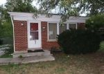 Foreclosed Home in Hazel Crest 60429 1706 CHARLESTON LN - Property ID: 4223202