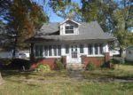 Foreclosed Home in Vandalia 62471 312 N 2ND ST - Property ID: 4223204