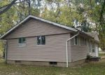 Foreclosed Home in Du Quoin 62832 329 S BALLANTINE AVE - Property ID: 4223218