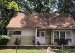 Foreclosed Home in Roosevelt 11575 15 HILLMAN PL - Property ID: 4223667