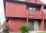 Foreclosed Home in North Royalton 44133 7585 CREEKWOOD DR - Property ID: 4223735
