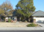 Foreclosed Home in Clovis 93612 427 ADLER AVE - Property ID: 4224022