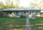 Foreclosed Home in West Frankfort 62896 804 W SAINT LOUIS ST - Property ID: 4224157
