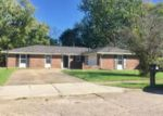 Foreclosed Home in Indianapolis 46229 2825 KAY ELLEN DR - Property ID: 4224221