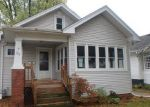 Foreclosed Home in Racine 53405 725 ARTHUR AVE - Property ID: 4224649