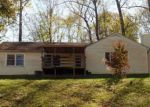 Foreclosed Home in Nitro 25143 4610 1ST AVE - Property ID: 4224655