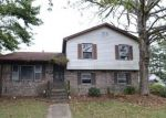 Foreclosed Home in North Charleston 29420 7602 VANDERBROOK PL - Property ID: 4224800