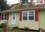 Foreclosed Home in New Britain 6053 15 BAY AVE - Property ID: 4225018