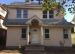 Foreclosed Home in Hempstead 11550 314 WASHINGTON ST - Property ID: 4225028
