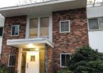 Foreclosed Home in Oyster Bay 11771 200 LEXINGTON AVE APT 11F - Property ID: 4225341