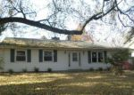 Foreclosed Home in Niles 49120 317 SHAMROCK DR - Property ID: 4225488