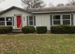 Foreclosed Home in Spring Hill 66083 21715 OAKCREST RD - Property ID: 4225556