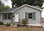 Foreclosed Home in Wood River 62095 368 12TH ST - Property ID: 4225621