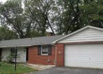 Foreclosed Home in Belleville 62226 10 WOODFIELD DR - Property ID: 4225640