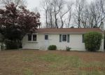 Foreclosed Home in Waterbury 6706 46 EASTSIDE BLVD - Property ID: 4225737