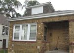 Foreclosed Home in Chicago 60617 10411 S CALHOUN AVE - Property ID: 4225946