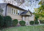 Foreclosed Home in Mundelein 60060 19561 W CAMBRIDGE RD - Property ID: 4225975