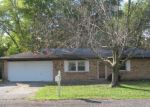 Foreclosed Home in Alton 62002 2517 OLLIE ST - Property ID: 4225979