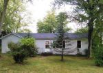 Foreclosed Home in Waterloo 62298 6521 LL RD - Property ID: 4225982