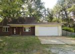 Foreclosed Home in Belleville 62223 108 NANETTE DR - Property ID: 4225987
