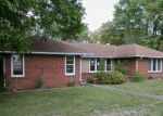 Foreclosed Home in Manito 61546 13853 N MANITO RD - Property ID: 4225988