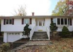 Foreclosed Home in Stony Point 10980 12 DE HALVE MAEN DR - Property ID: 4226160