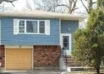 Foreclosed Home in Amityville 11701 59 E SMITH ST - Property ID: 4226164