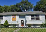 Foreclosed Home in Amityville 11701 27 CARROL ST - Property ID: 4226165