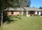 Foreclosed Home in Milton 32571 4448 ANGIE LN - Property ID: 4226485