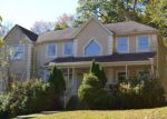 Foreclosed Home in Suffern 10901 15 W GATE RD - Property ID: 4226525