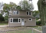 Foreclosed Home in Central Islip 11722 14 E CHERRY ST - Property ID: 4226631
