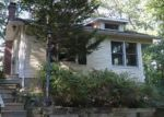 Foreclosed Home in Centerport 11721 30 TUSCARORA DR - Property ID: 4226643