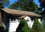Foreclosed Home in Ronkonkoma 11779 412 COLLINGTON DR - Property ID: 4226644