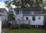 Foreclosed Home in Fort Wayne 46805 533 STADIUM DR - Property ID: 4226771