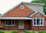 Foreclosed Home in Fenton 48430 3309 PONEMAH DR - Property ID: 4226783