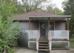 Foreclosed Home in Momence 60954 16767 E TERRACE DR - Property ID: 4226821