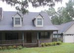 Foreclosed Home in Fayette 35555 1723 2ND AVE SW - Property ID: 4226958