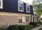 Foreclosed Home in Palatine 60074 2027 N GINGER CREEK DR # 2027 - Property ID: 4227038