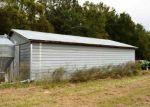 Foreclosed Home in Calhoun Falls 29628 5273 OLD CALHOUN FALLS RD - Property ID: 4227101